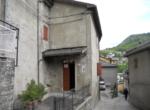 Vendesi casa in sasso in zona centrale Montecreto